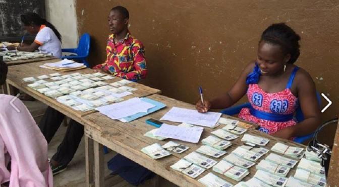Présidentielle : le militant électeur et sa carte de «la dernière minute»