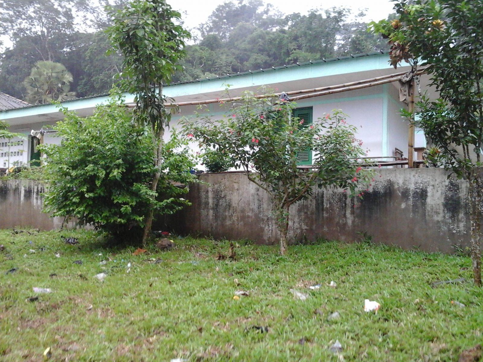 Bâtiment servant de dortoir aux élèves de l'école forestière. Crédit photo : Magloire Zoro